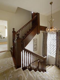 Scavullo-design-portfolio-interiors-traditional-transitional-staircase