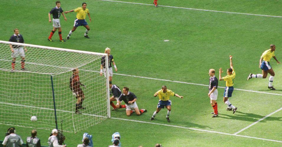 Uol Copa Do Mundo Veja Tudo Sobre Todas As Copas Copa Do Mundo Imagens De Futebol Futebol