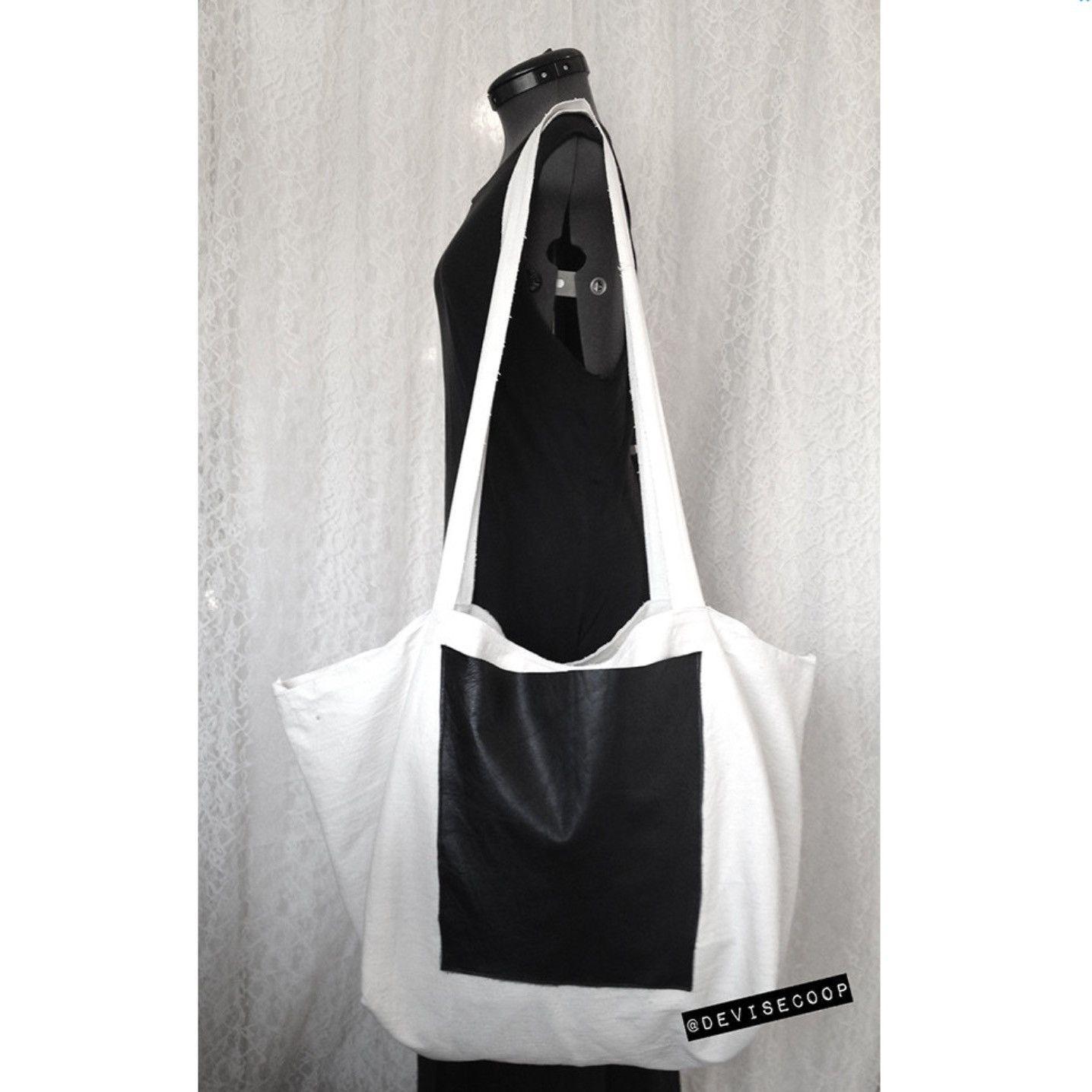 Stylist XXL Canvas Shopping Bag by V&Ymart