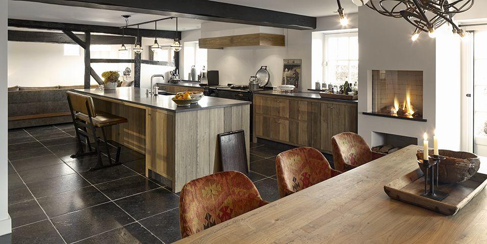 Boerderijkeuken met aga fornuis tinello keuken interieur