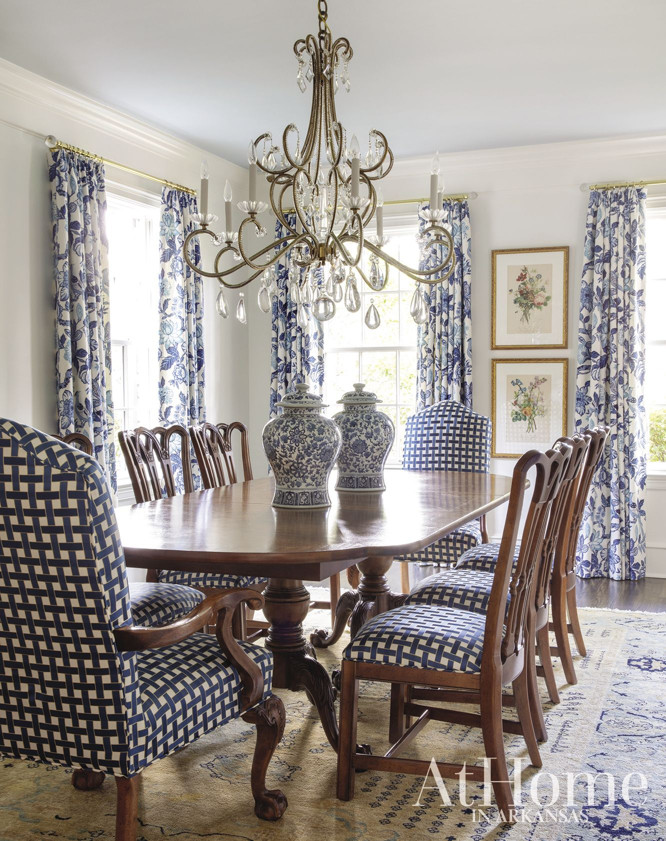 Traditional Transformed At Home In Arkansas Dining Room Decor Traditional Formal Dining Room Decor Traditional Dining Rooms