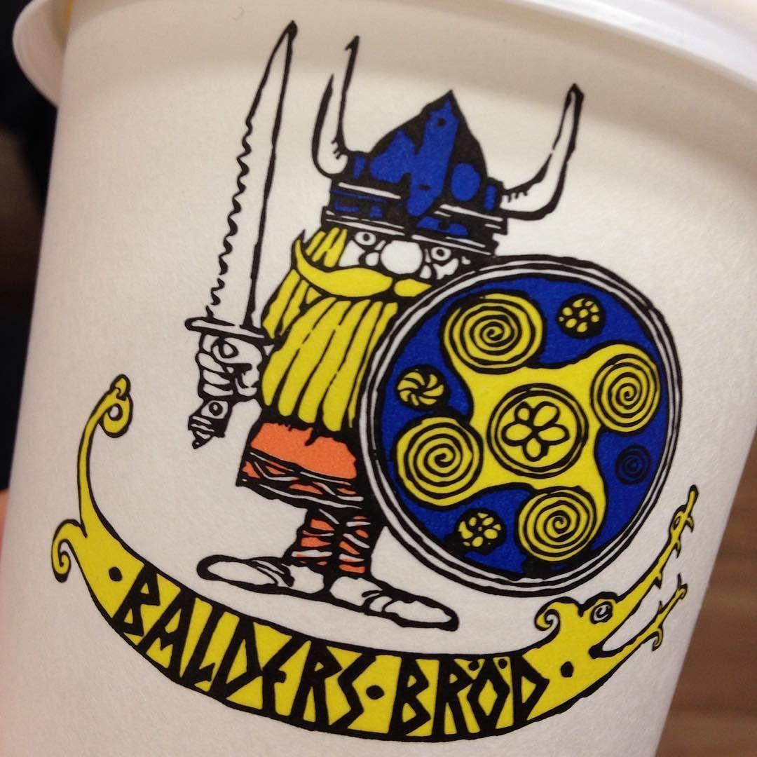 #takeawaycoffee #coffee #latte #kaffe #kahvi #päivänpelastus #baldersbröd #viking by pikkuliten
