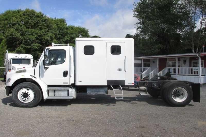 Used Freightliner Trucks For Sale >> Used Freightliner Truck Trucks Freightliner Trucks