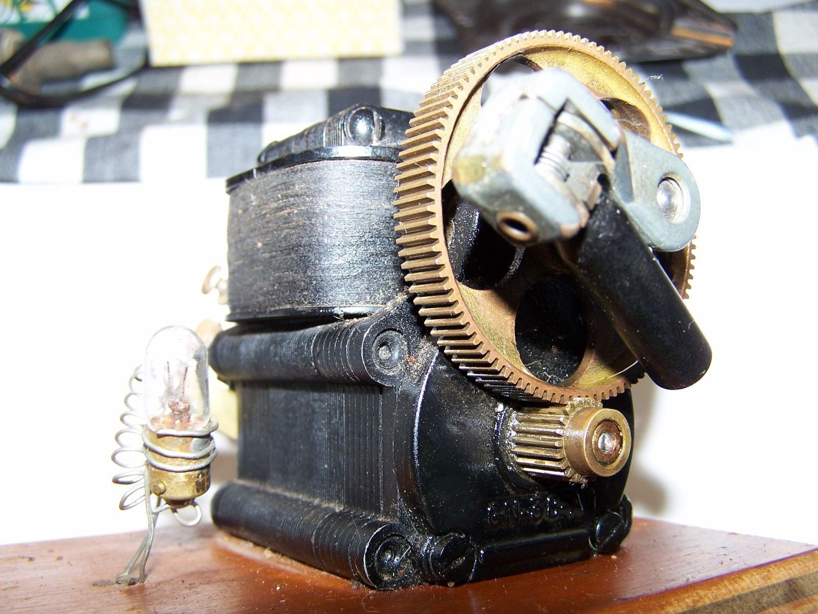 Old Toy ELECTRIC GENERATOR DYNAMO Small Steam Model Steam Hit Miss