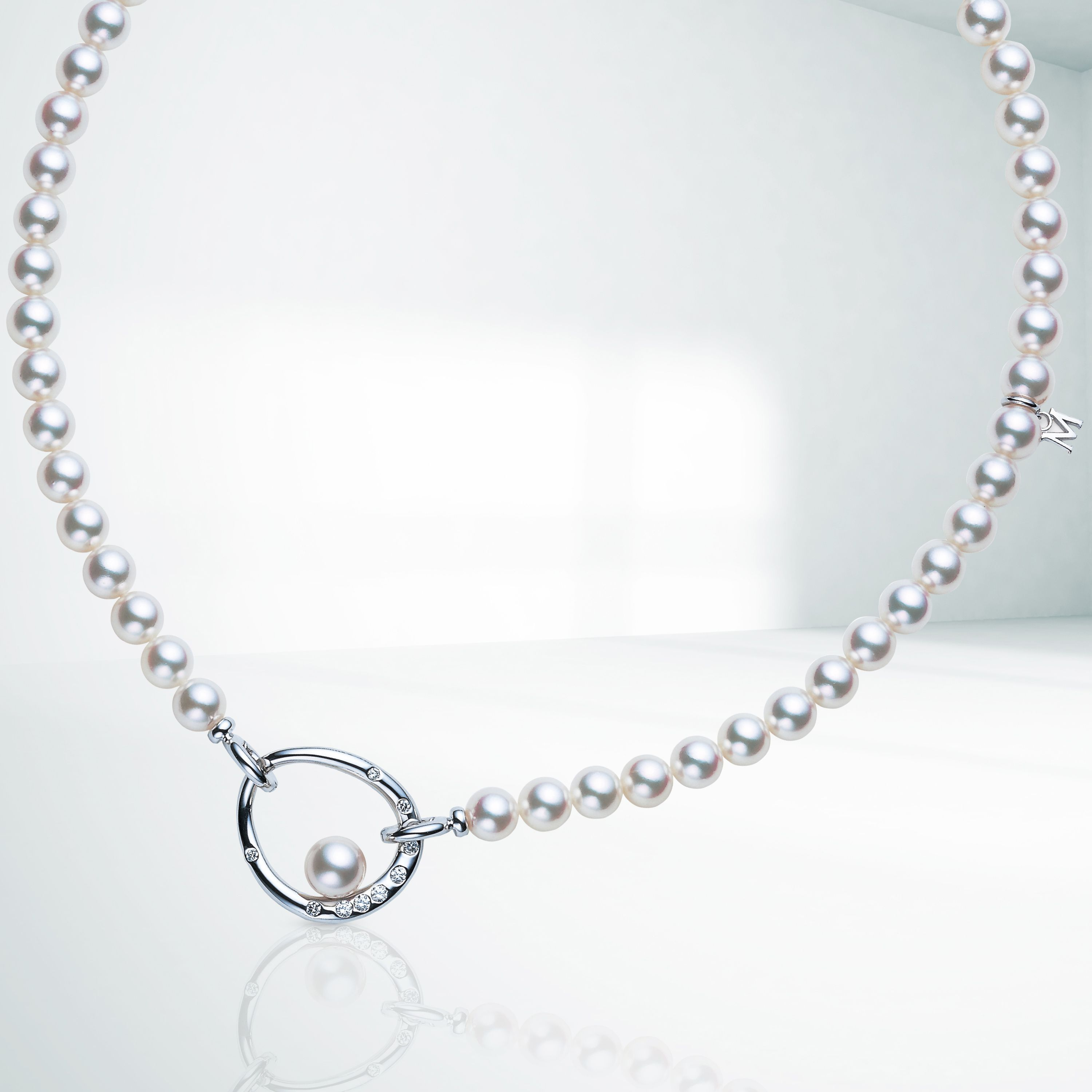 The Amitie Necklace Was Born From The Desire To Be Free Its Multi Functional Design Allows You To Wear The Diamond And White Gold Mo Necklace Mikimoto Diamond