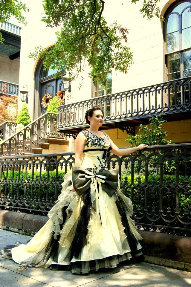 Exquisite Yellow and Black Wedding Dress Vintage Inspired available ...