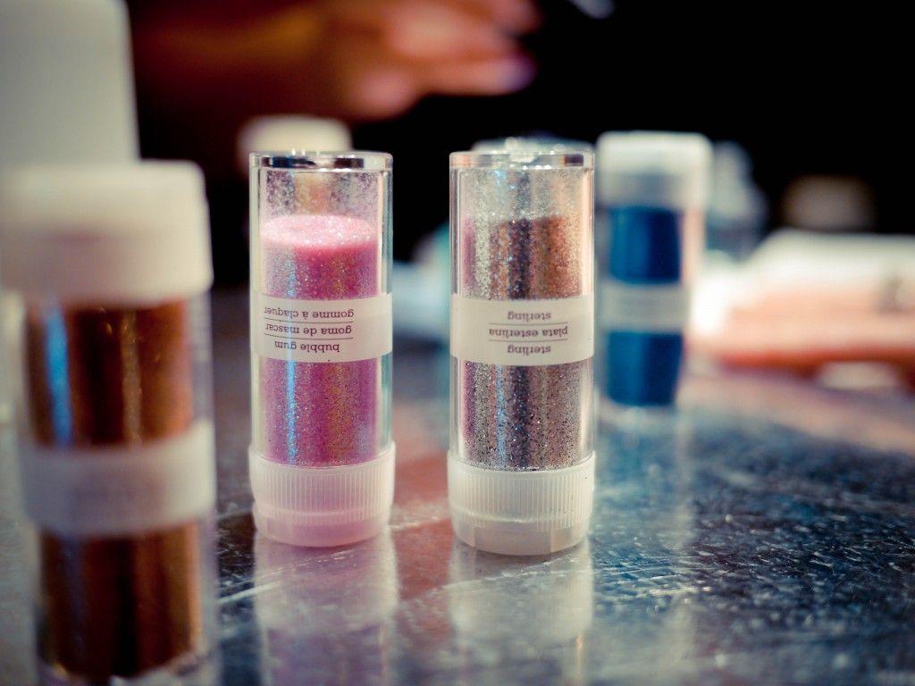 Teres Scottsdale Grand Opening Cheap Chic Nail Salon Glitter Bottle Chic Nails Salon Design