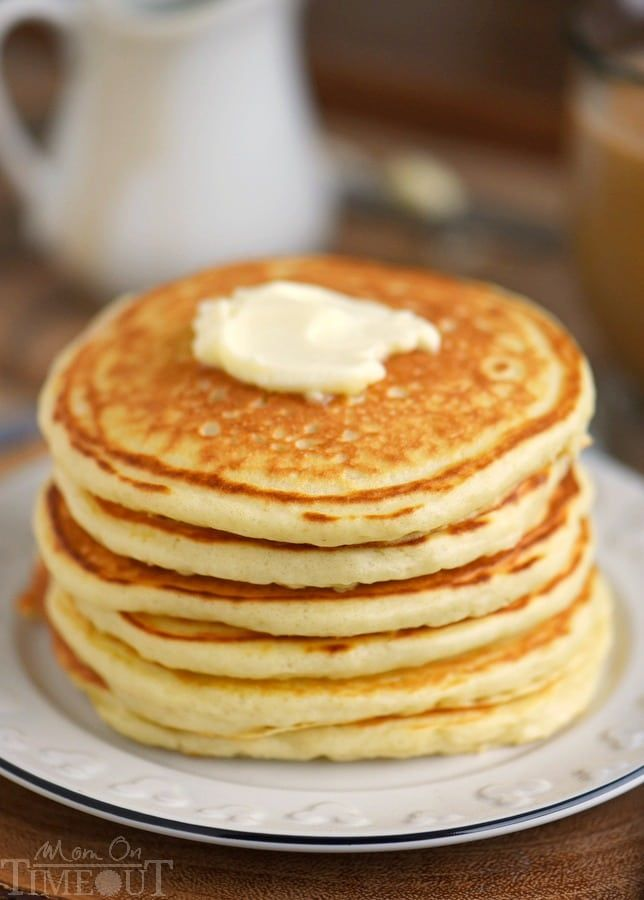 The Best Fluffy Buttermilk Pancakes You Ll Ever Try This Easy To Follow Recipe Yields Buttermilk Pancakes Fluffy Pancake Recipe Buttermilk Buttermilk Pancakes