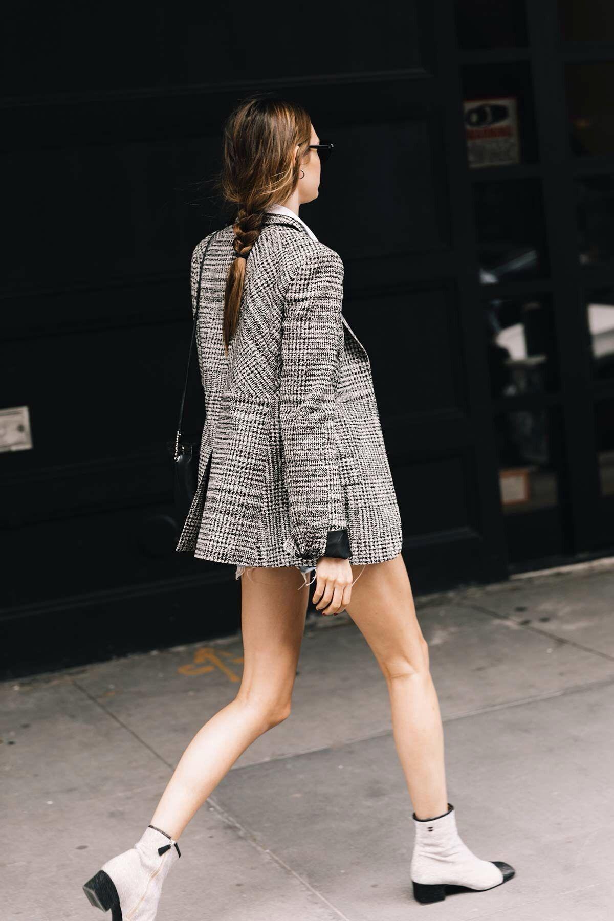 {Tweed blazer.}