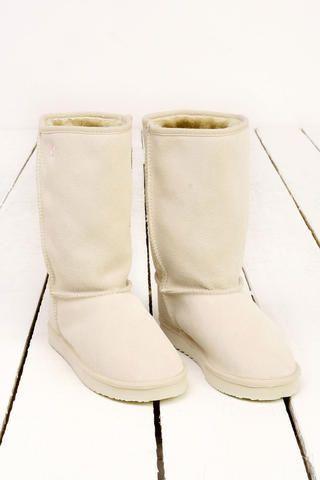 #NewBootsHub# com #ugg #ugg boots #ugg winterboots #ugg sheepskin #ugg australia  Ugg boots :)   http://www.winterboots2013.com