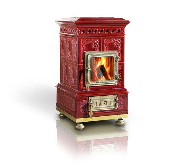 Reproduction ceramic wood stoves by la castellamonte for Decorative rocket stove