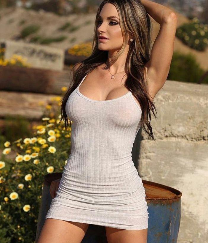 Nienna Jade Fitness Models 7028fbb58