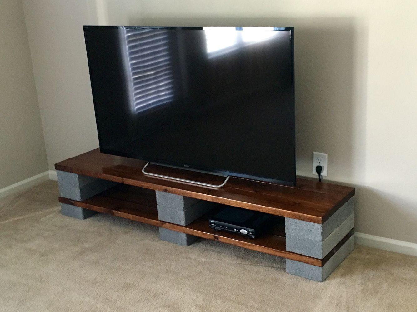 Cinder block entertainment center living room for Cinder block tv stand