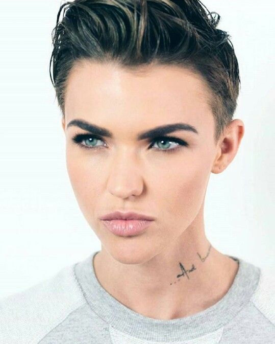 Pin By Ruby Rose On Ruby Rose Ruby Rose Hair Ruby Rose Haircut Ruby Rose