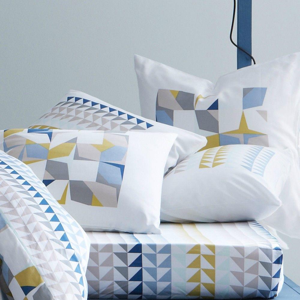 housse de couette multicolore intuition d co scandinave. Black Bedroom Furniture Sets. Home Design Ideas
