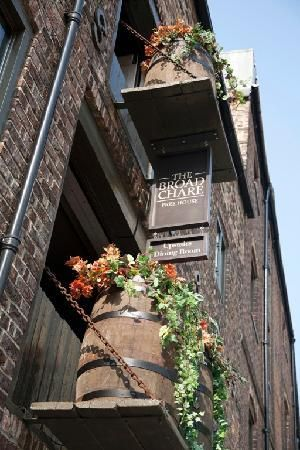 Broad Chare on Newcastle's Quayside- Sunday Lunch