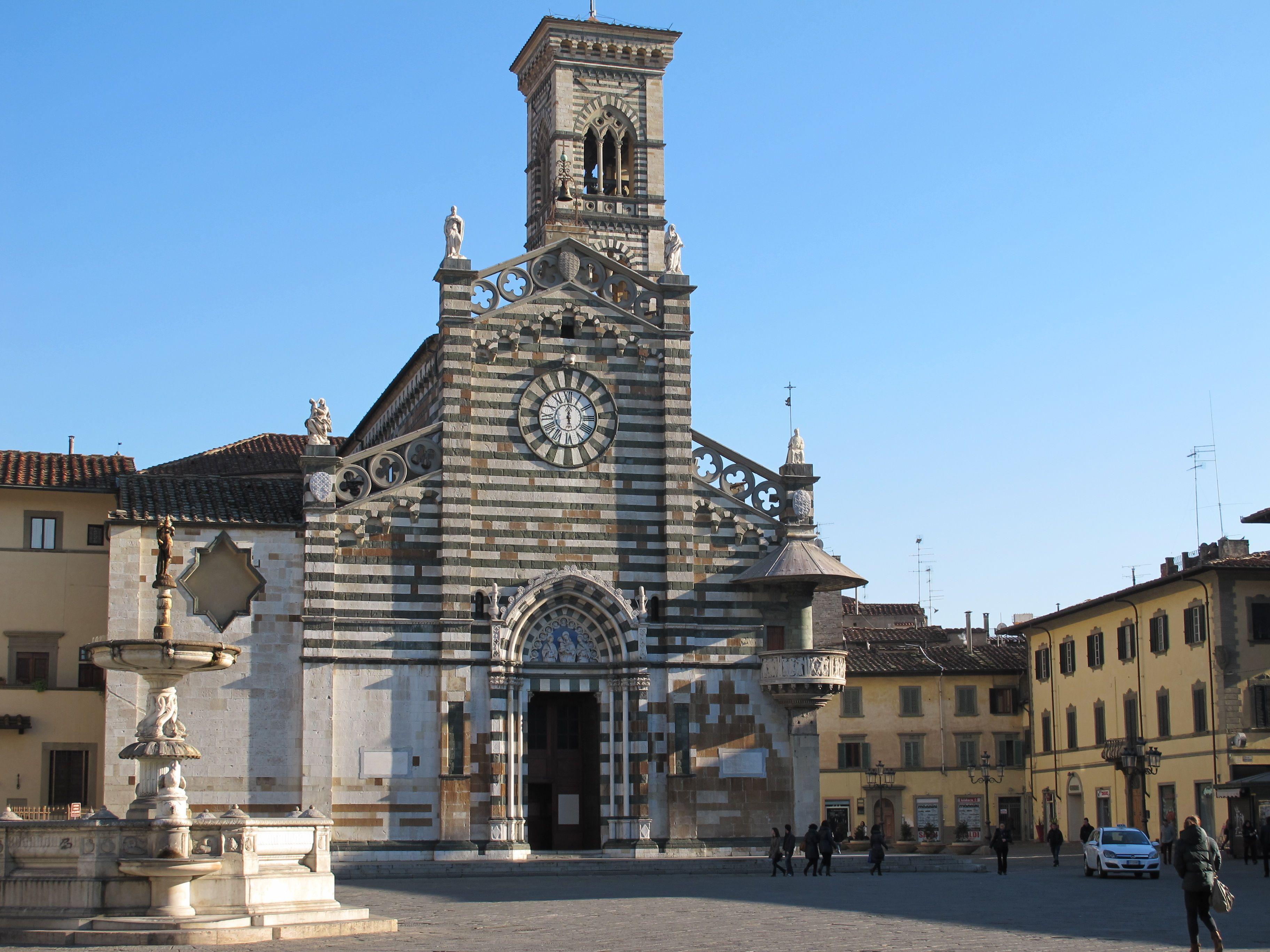 Prato piazza del duomo my town prato tuscany for Piazza duomo prato