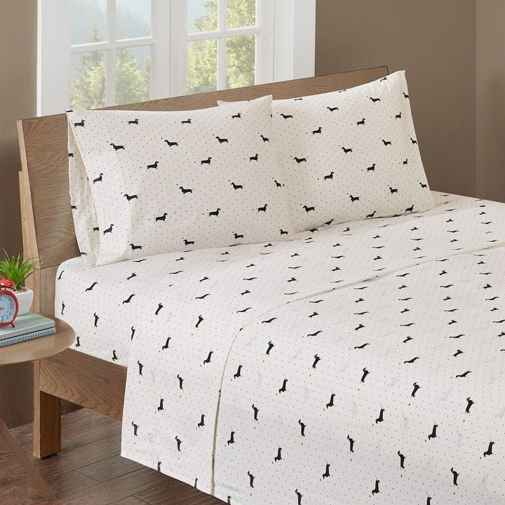 HipStyle Olivia Dachshund Dog Sheet Set King size sheets