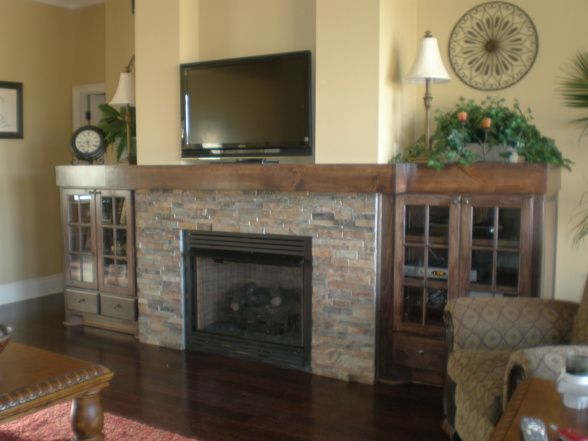 Fireplace With Bookshelves On Each Side Craftsman