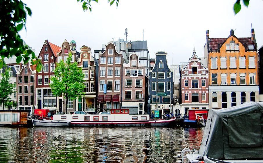 Plaatsen Rond Amsterdam.Pin Van Lotte De Ridder Op Vormgeving Landingspagina Pinterest