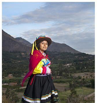 Acabo de compartir la foto de Edgar Asencios que representa a: Vestimenta Típica de Caraz.