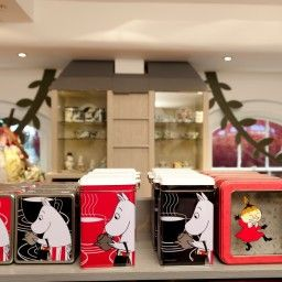 The Moomin shop in Covent Garden London. | 木作 | Pinterest ...