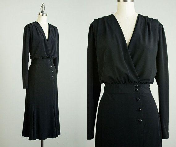 die besten 25 schwarz wickelkleider ideen auf pinterest schwarzes kleid mit rmeln. Black Bedroom Furniture Sets. Home Design Ideas