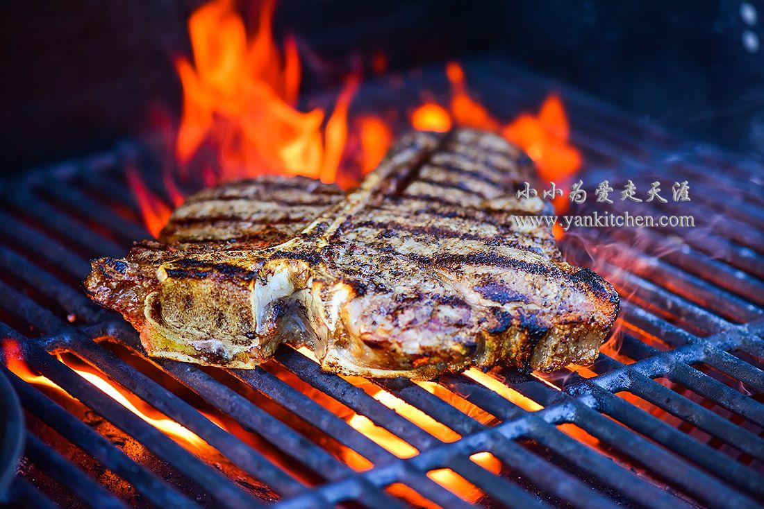 Fire grilled sizzling tbone steak yankitchen t bone