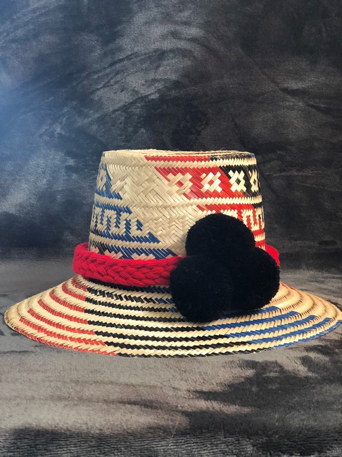 f8359965 #wayuuhat #wayuu #straw #sunhat #summer #yosuzi #pom #summer2018 #trendy  #accessories #strawhat
