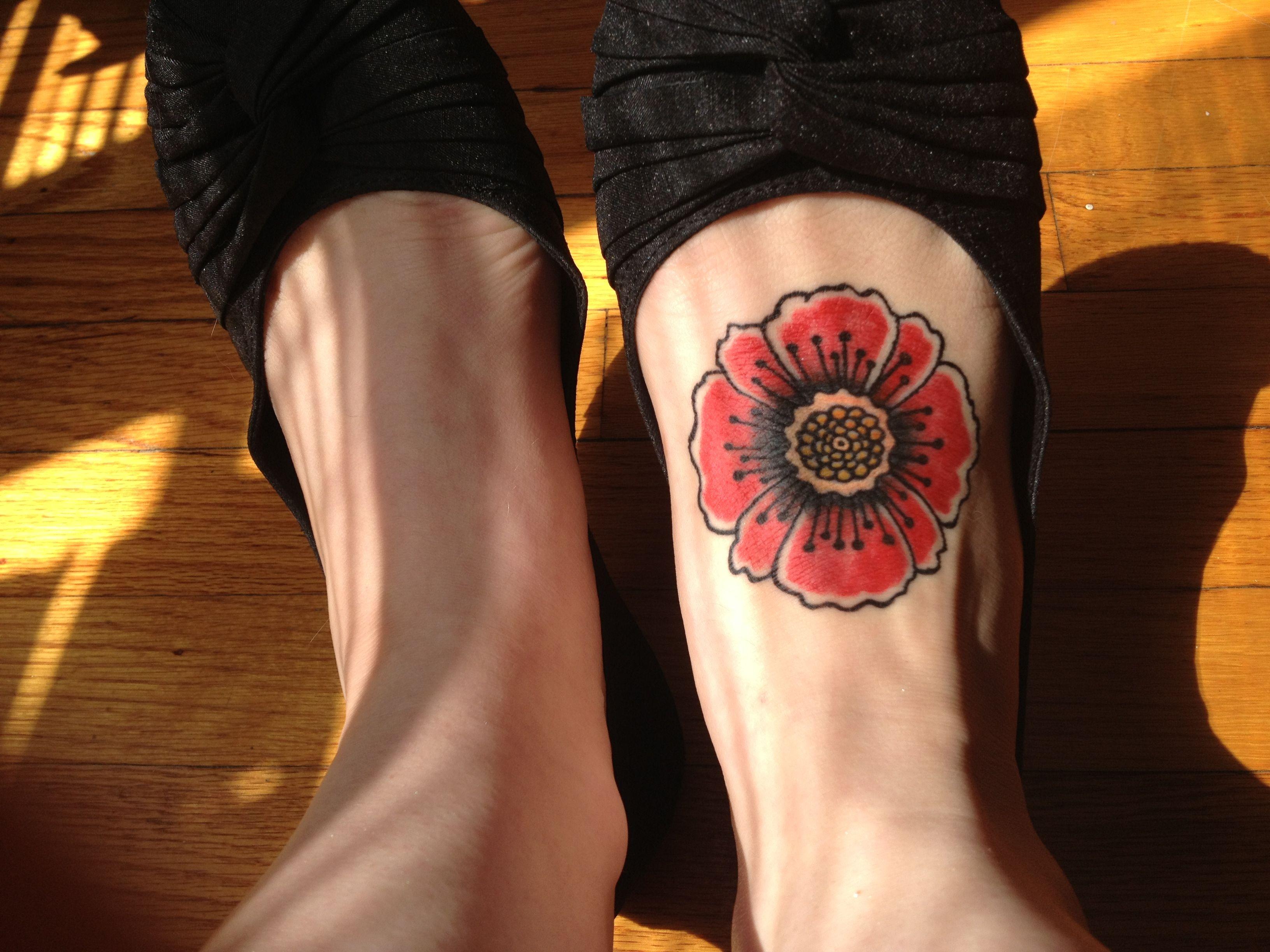 My tattoo by kevin black moon tattoo il tats for Black moon tattoo