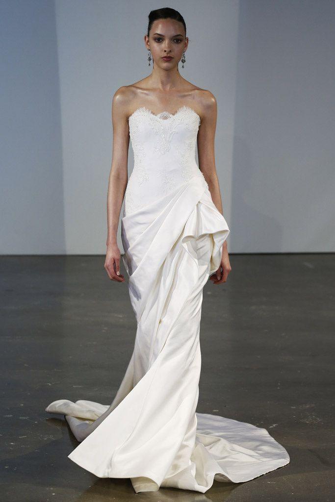 Elegante y sensual. Vestido de novia de Marchesa Bridal (SS 2014) #weddingdresses #NYBW