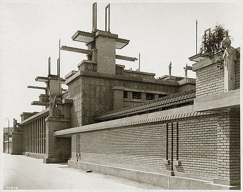 Frank Lloyd Wright Midway Gardens. Tower, patterned concrete blocks and two Queen of the Gardens statues