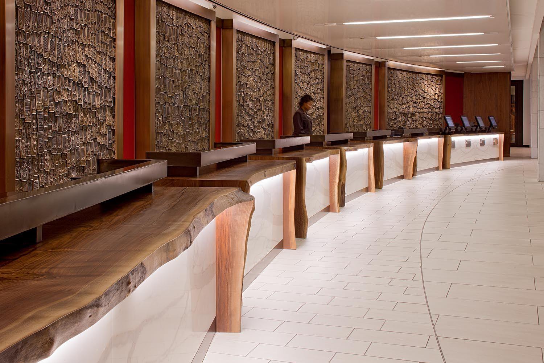 Front Desk At Hyatt Regency Atlanta Hyatt Hyatt Regency Hotel