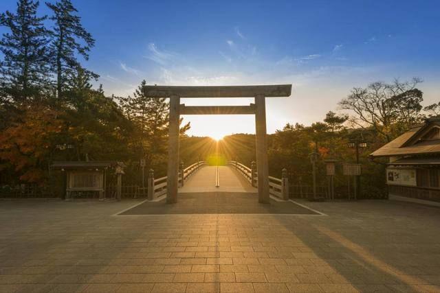 伊勢神宮の日の出 高天原 美しい風景 美しい場所