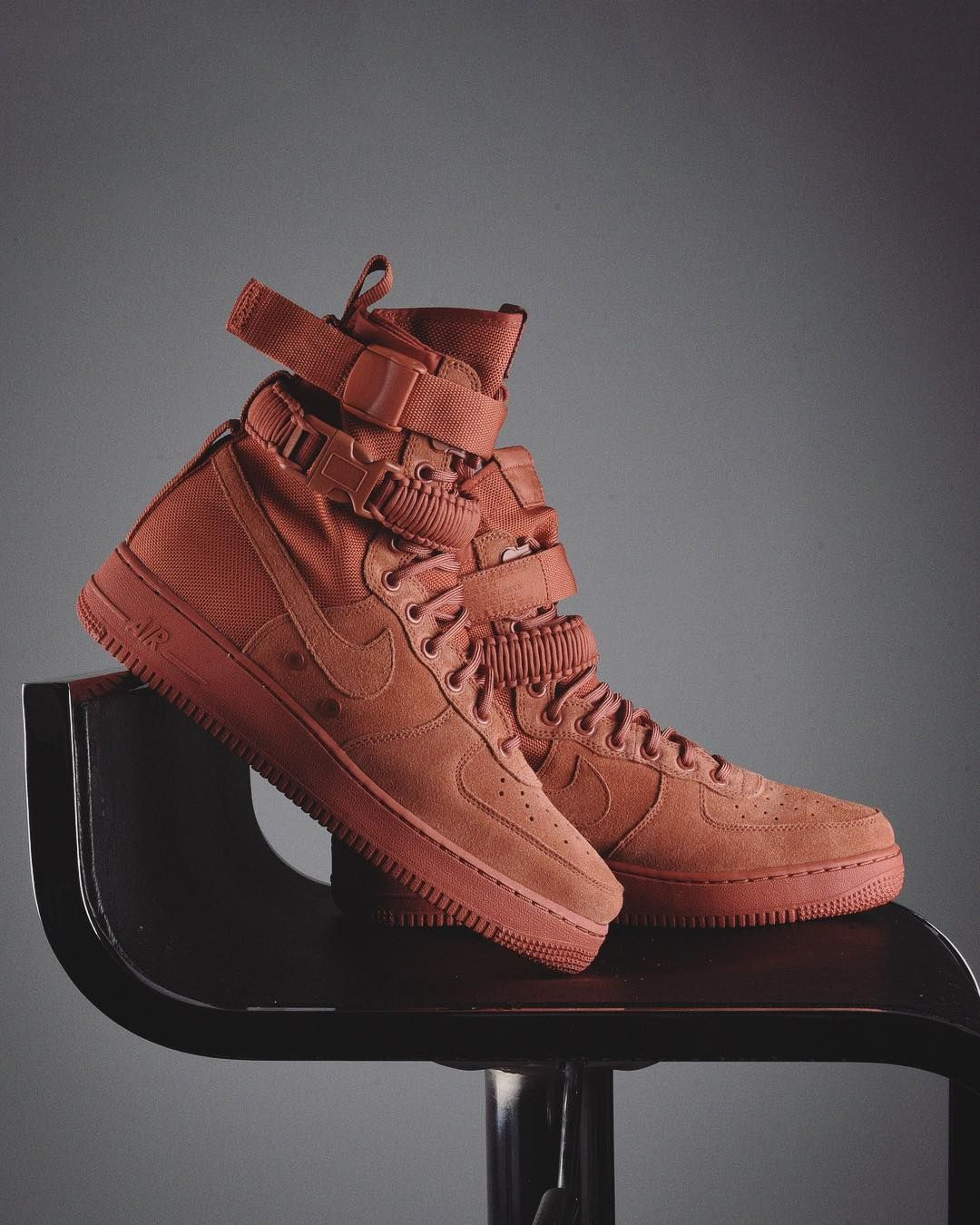 super popular 71d79 75072 Nike SF Air Force 1 Dusty Peach Credit   FootAction