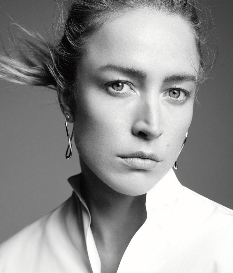 Raquel Zimmermann Wears Tiffany Co X Elsa Peretti Open Heart Earrings