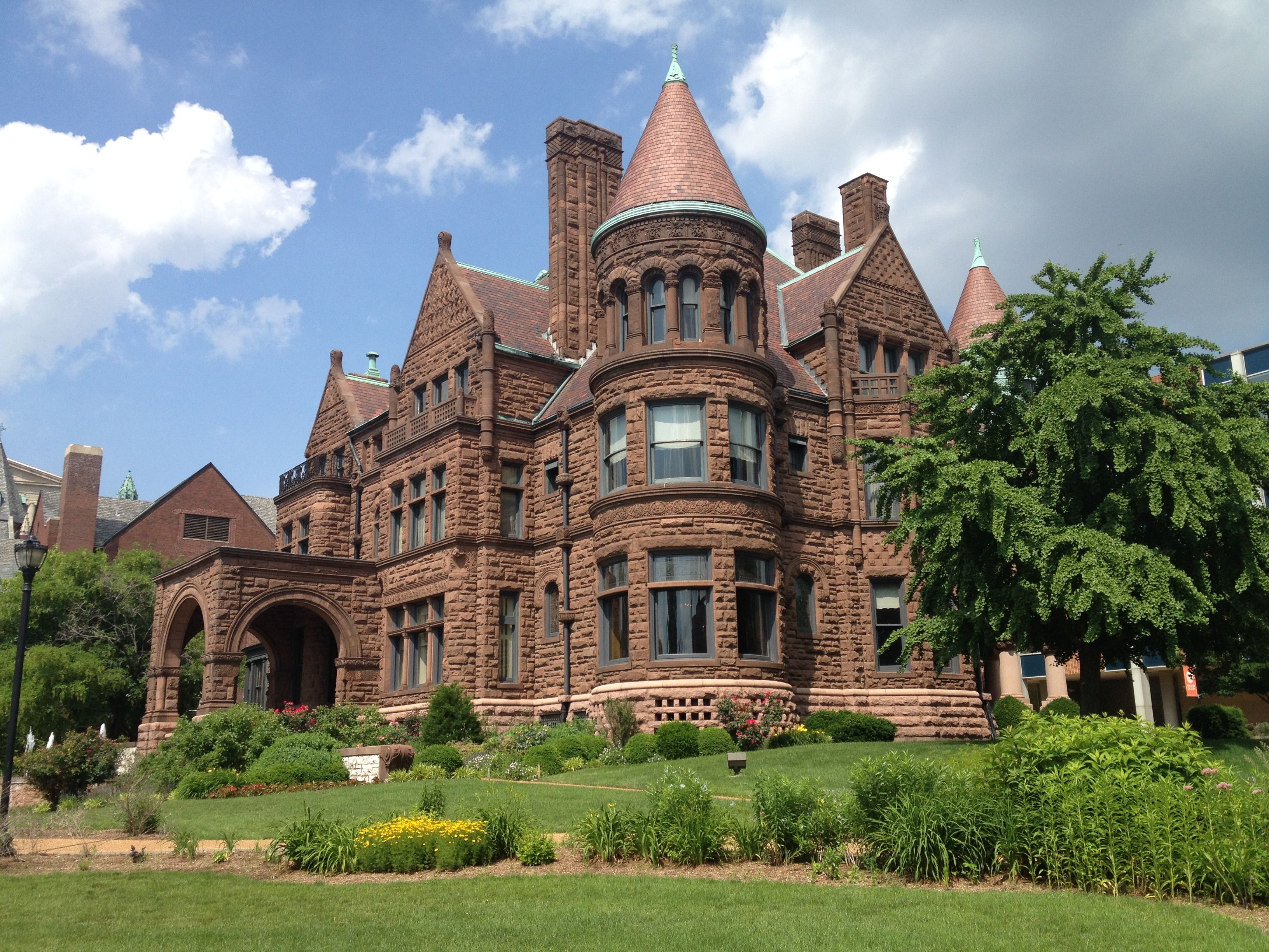 Samuel Cupples Mansion St Louis Mo C 1890 Now Part Of St Louis University Mansions House Styles Old Houses