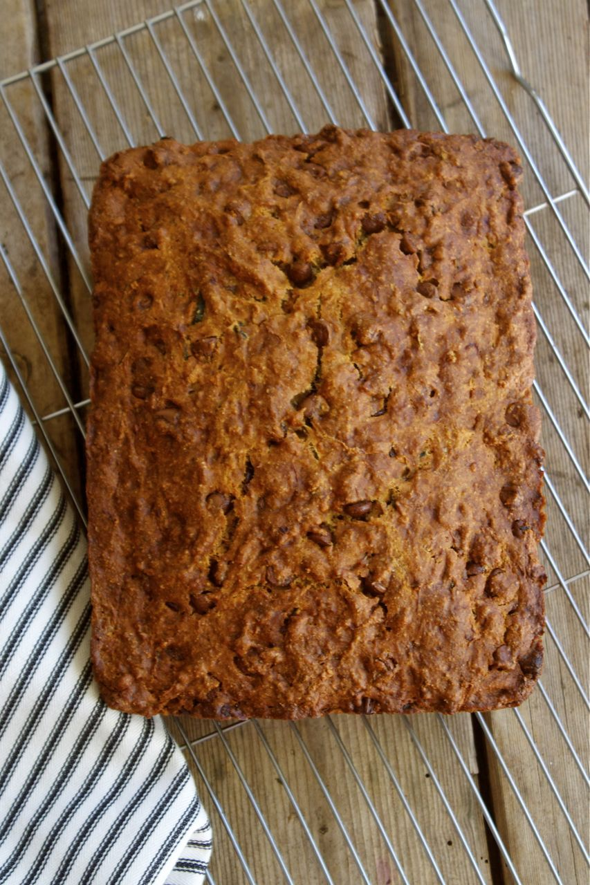 Zucchini Chocolate Chip Banana Bread With Coconut Oil In Pursuit Of More Banana Chocolate Chip Chocolate Chip Banana Bread Vegan Sweets
