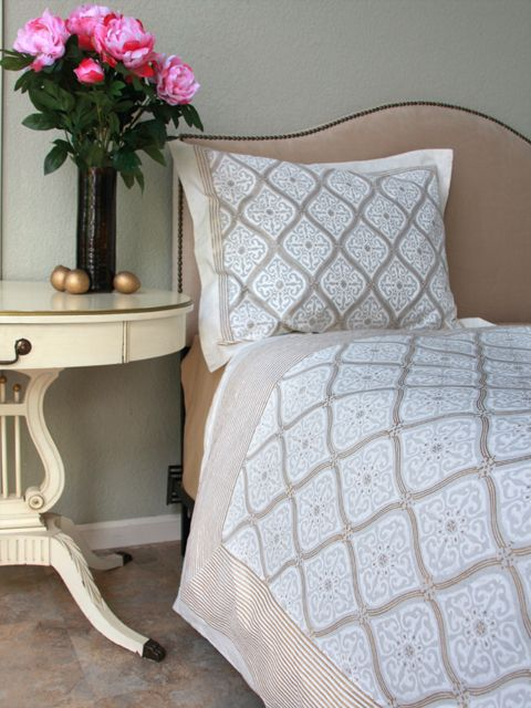 17 Best images about Dorm Decor on Pinterest   Comforter cover  Quatrefoil  and Oriental. 17 Best images about Dorm Decor on Pinterest   Comforter cover