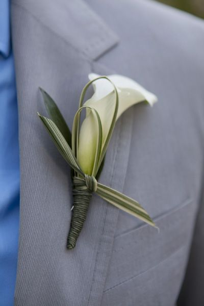 Make A Boutonniere Free Tutorials Http Www Wedding Flowers