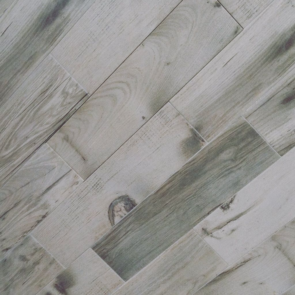 Barnwood Floor And Wall Tile By Gio In Grey 6 X 24 Planks Woodtile Commercialdesign With Images Barnwood Floors Floor And Wall Tile Barn Wood
