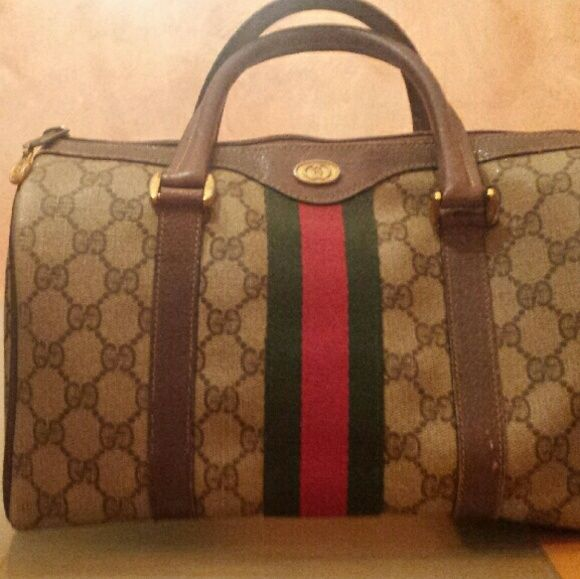 5f647f916431 Spotted while shopping on Poshmark: 100% Authentic Vintage GUCCI Doctor bag!!  #poshmark #fashion #shopping #style #Gucci #Handbags