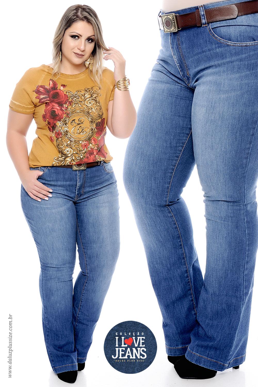 31a0097ab Calça Flare Plus Size Emma - Coleção I Love Jeans Plus Size -  daluzplussize.com.br