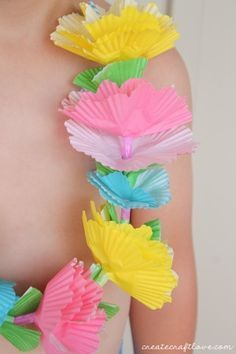 Liner Lei You probably have all of the supplies on hand to make this Cupcake Liner Lei!  via You probably have all of the supplies on hand to make this Cupcake Liner Lei!  via