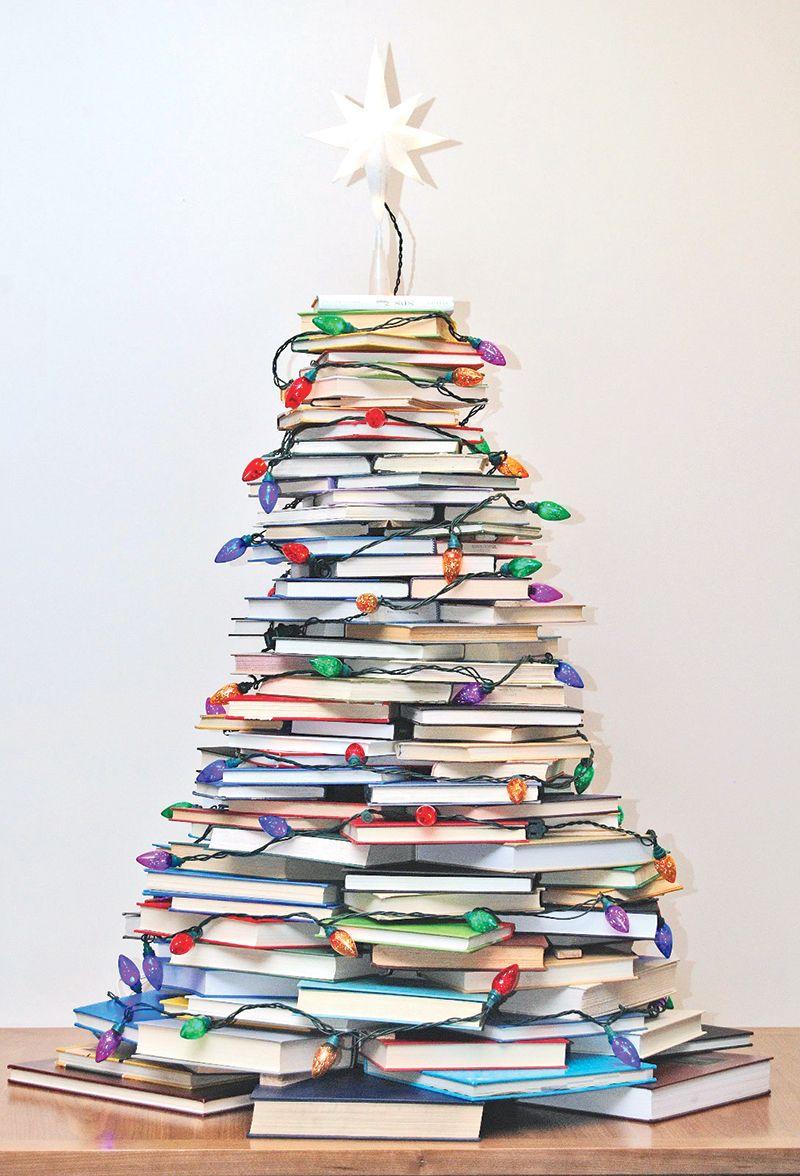 Originales Rboles De Navidad Hechos Con Libros Books  ~ Crismas De Navidad Hechos Por  Ninos