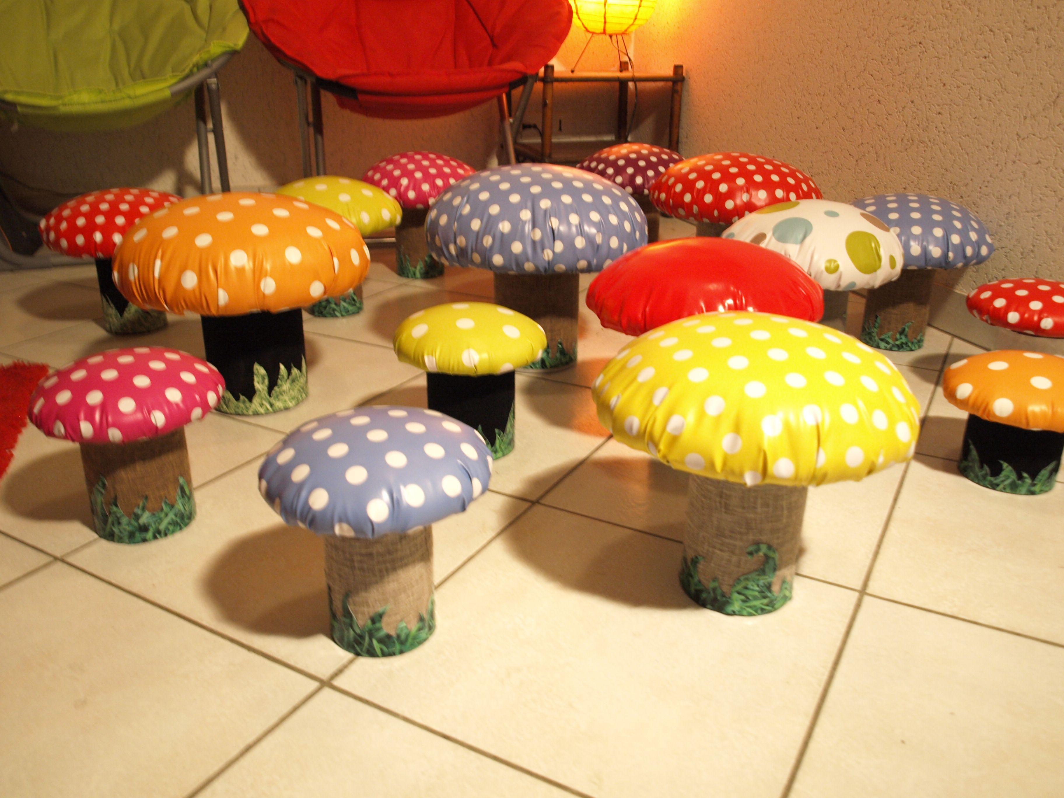 tabourets bo tes champignons r alis s en boites en m tal de r cup 39 upcycling recyclage r cup. Black Bedroom Furniture Sets. Home Design Ideas