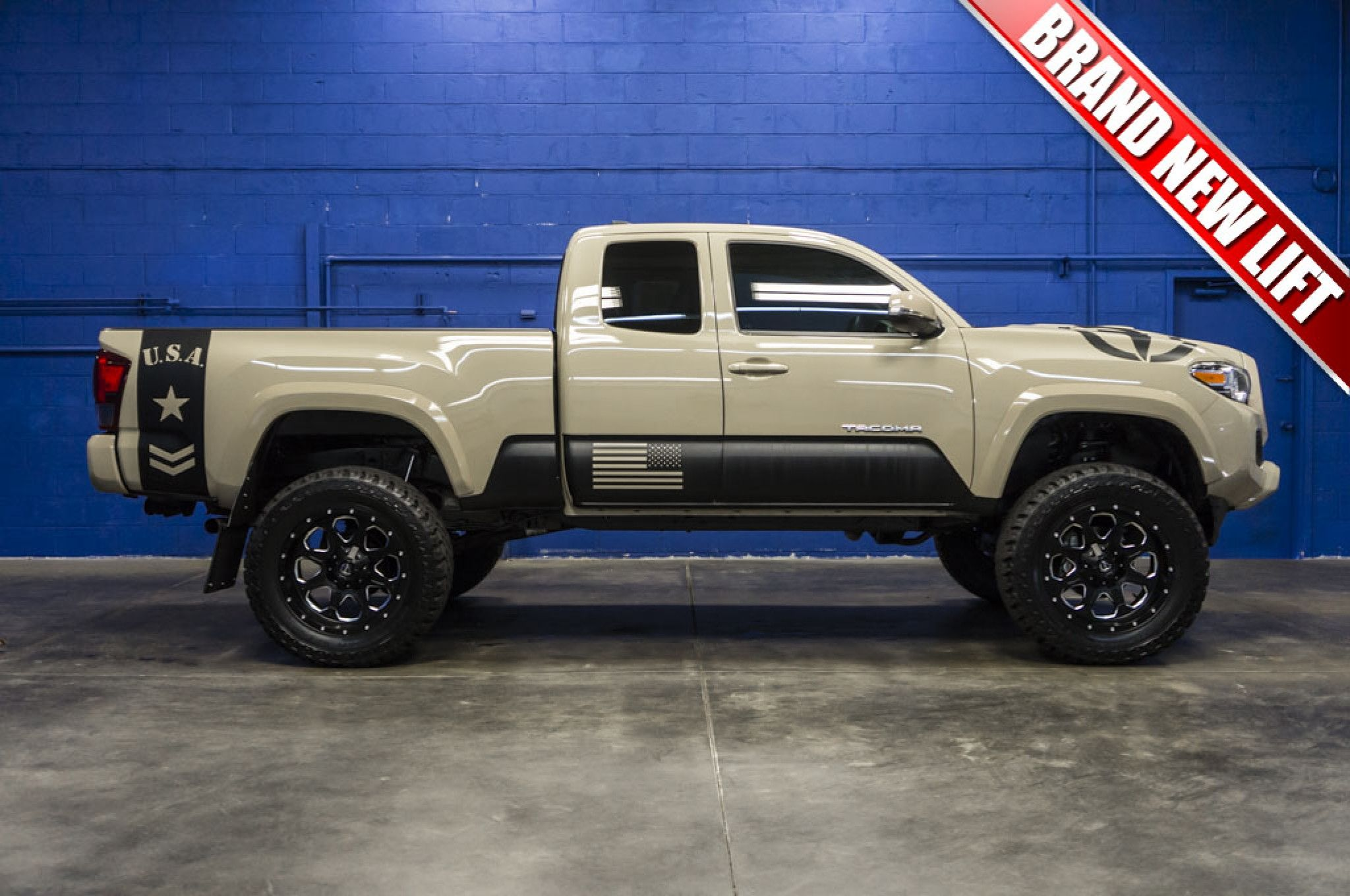 One Owner Clean Carfax 4x4 Custom Truck With A Brand New