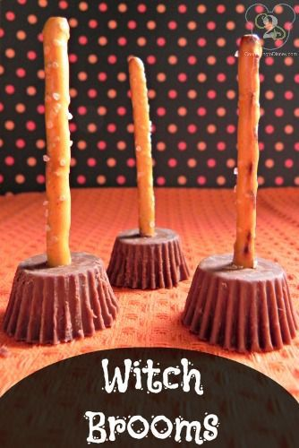 10 SPOOKtacular and Easy Halloween Appetizers and Desserts - Craft Remedy #halloweenappetizerideas