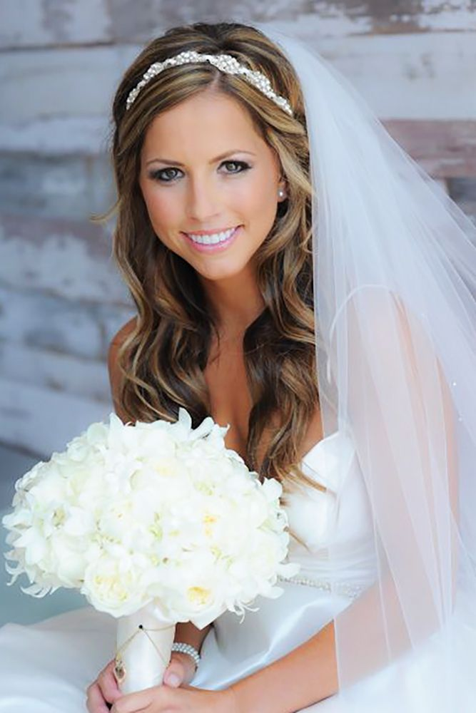 18 Bridal Hair Accessories To Inspire Your Hairstyle See More Http Www Weddingforward Weddings