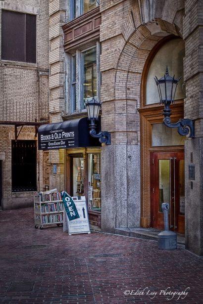 A Classic Bookstore Along The Freedom Trail Boston Boston Family Vacation Lost In America Boston History